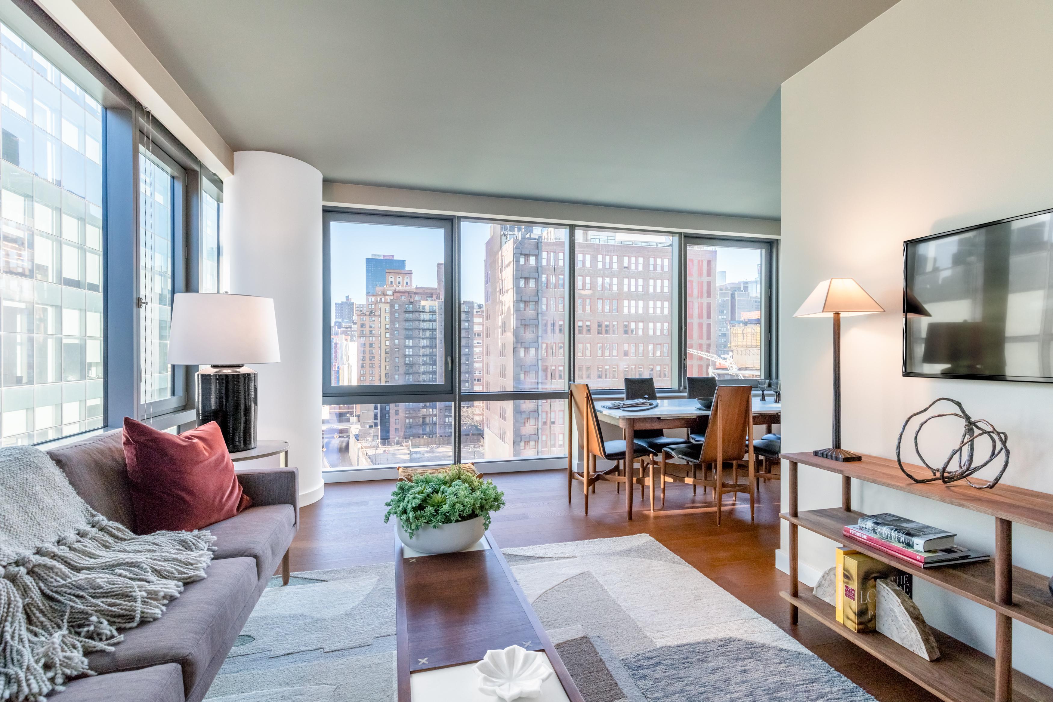 Manhattan studio apartments loft apartment one bedroom for One bedroom apartments manhattan ks