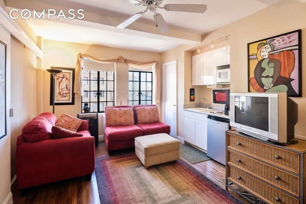 5 Tiny But Cute Nyc Studios For 350 000 Or Less Curbed Ny