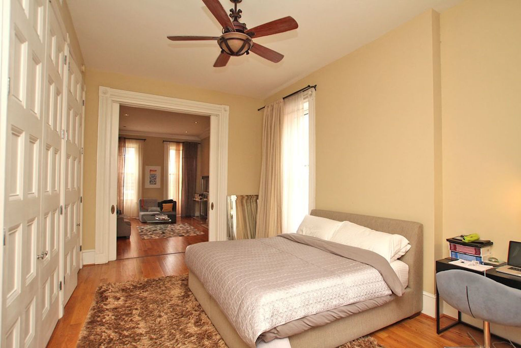washington square 1 bed 1 center city in washington square is another 1bedroom for rent on the second floor of a corner building