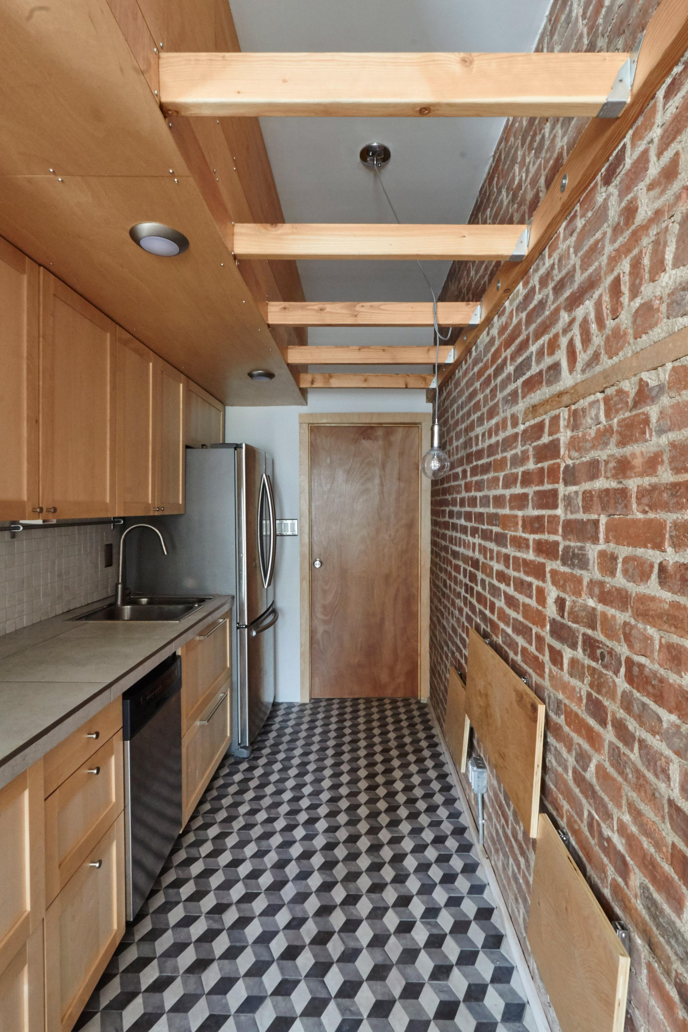 Manhattan apartment transforms into flexible live-work space