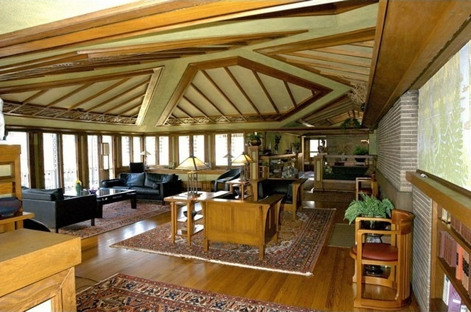 Frank Lloyd Wright's Avery Coonley House knocks another $100k off its price