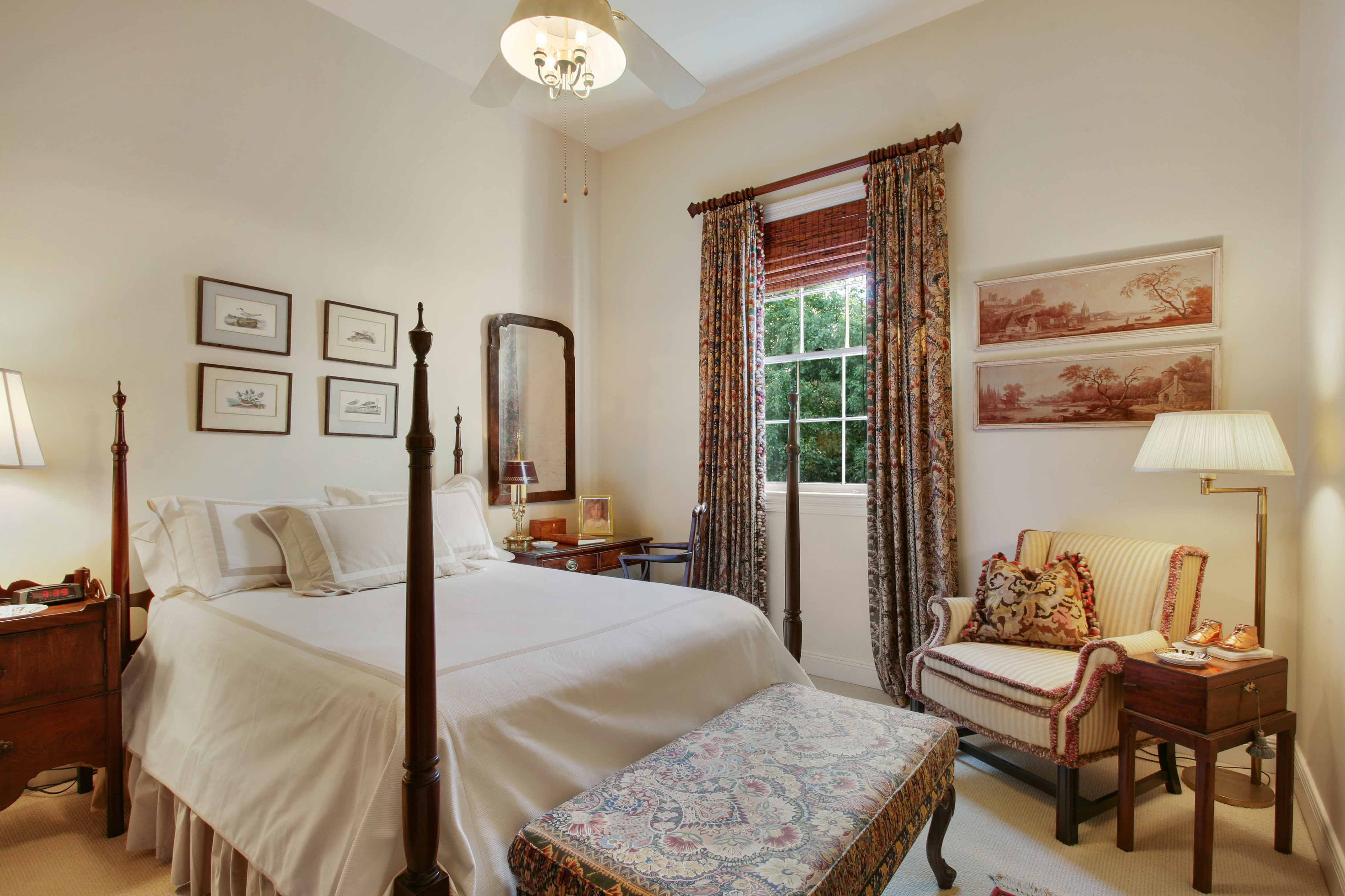 Beautiful french quarter home with classic appeal asks 1 for Classic homes realty llc