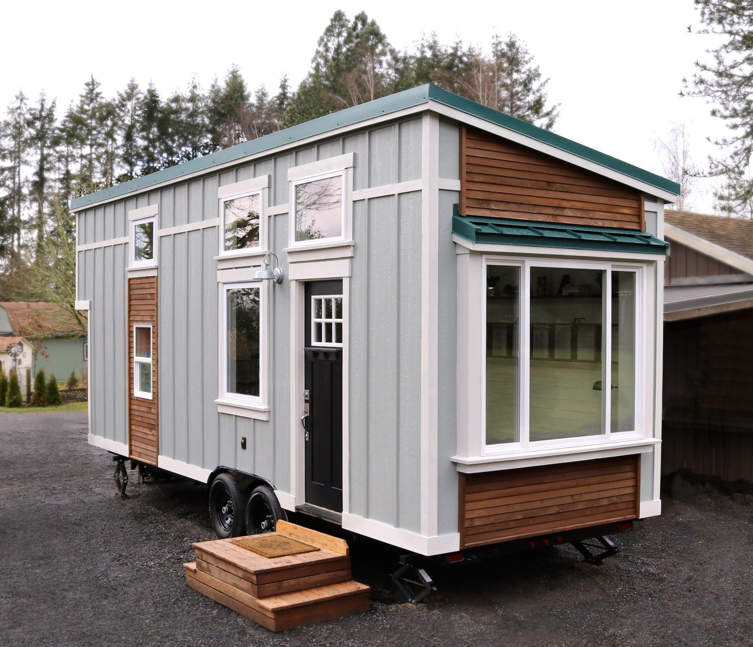 tiny house packs farmhouse chic into 240 square feet curbed. Black Bedroom Furniture Sets. Home Design Ideas