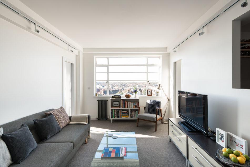 London flat in art deco landmark du cane court asks 560k curbed - Deco moderne flat ...