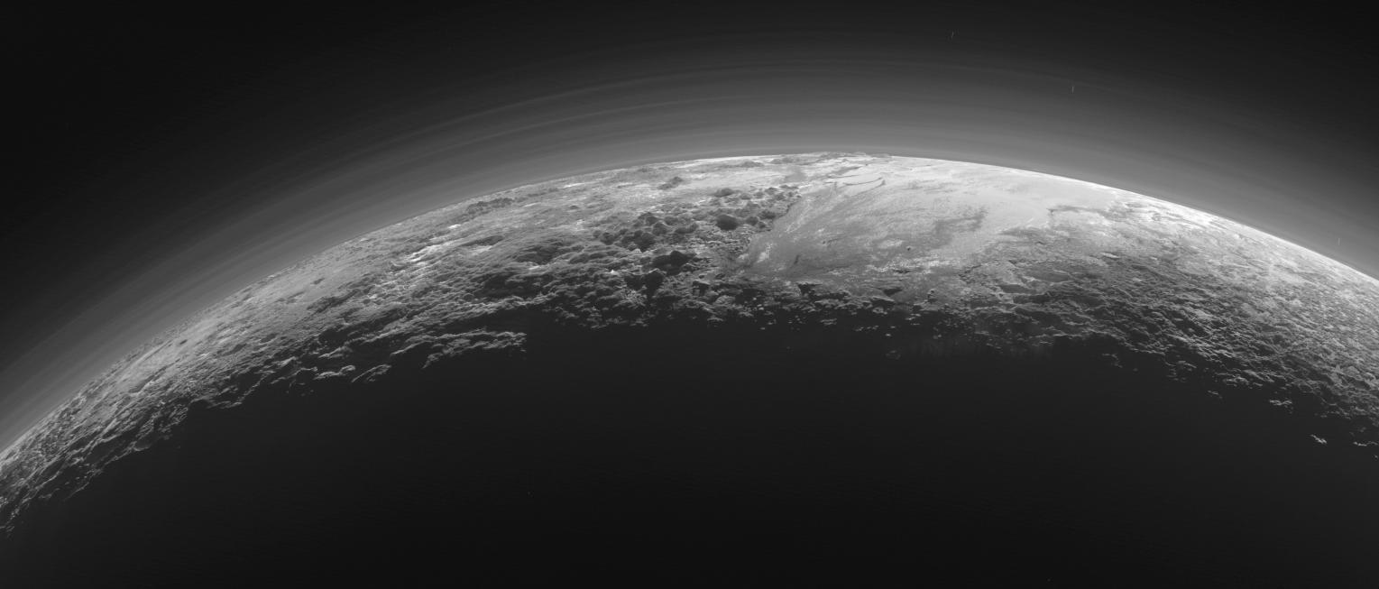 Астрофизики смогли сфотографировать нити темной материи