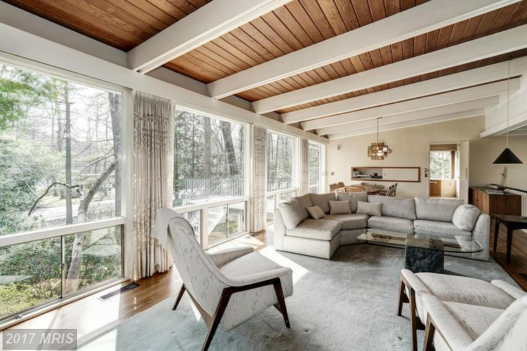 ... The Residence Offers Quartz Countertops And Stainless Steel Appliances  As Well As A Large Back Patio And Landscaped Yard. The Listing Agent For  This ...