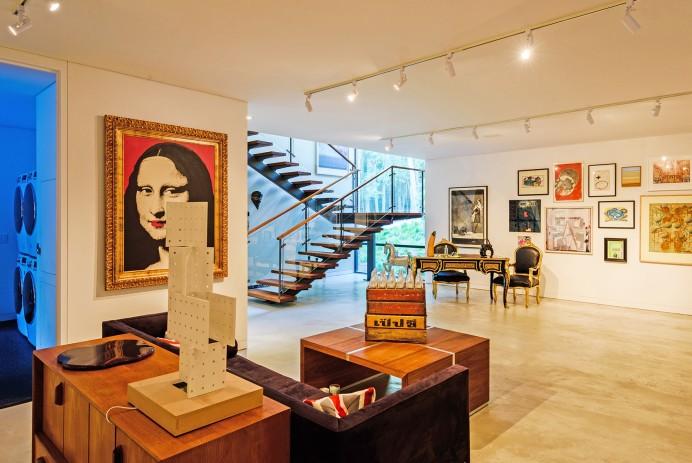 Amagansett modern home on 2 acres asks $11.5M
