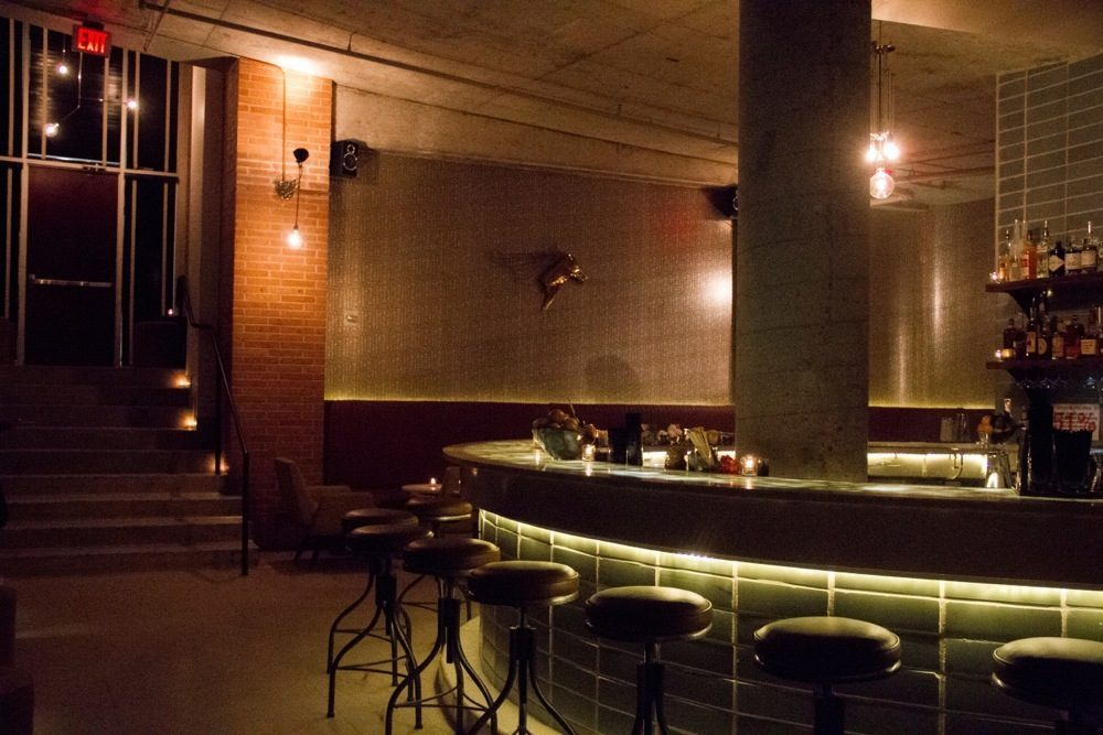 Go Inside Super Stylish Cocktail Bar Garage Eater Austin
