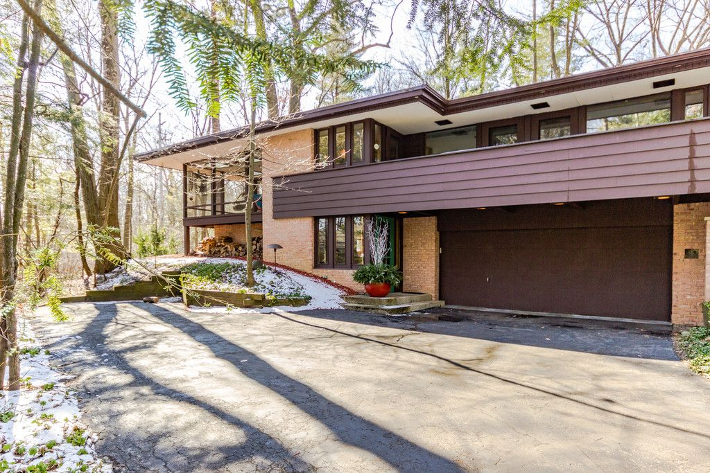 well preserved midcentury modern home in michigan asks 330k curbed