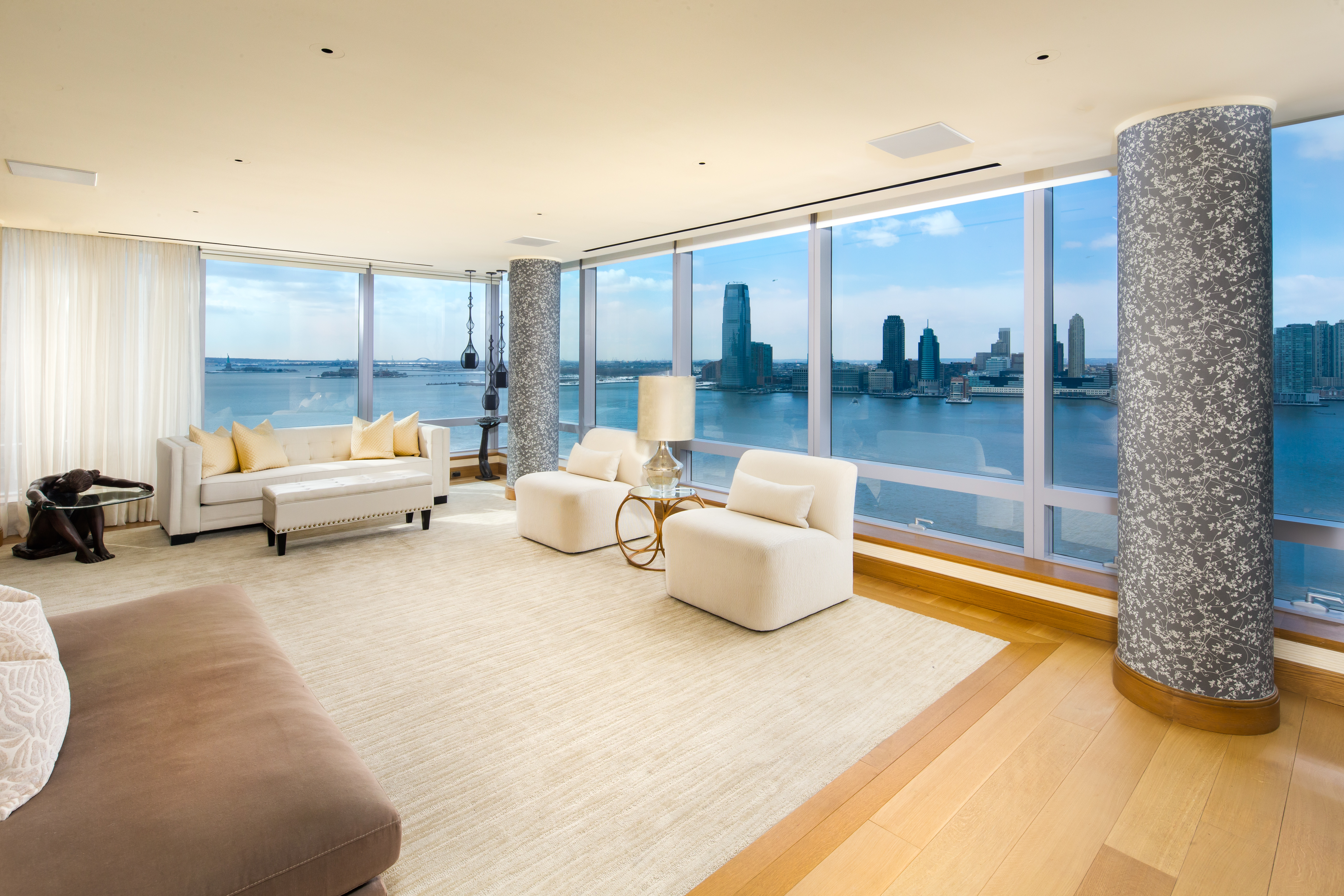 Tyra banks s battery park city apartment hits the market for 2 river terrace battery park