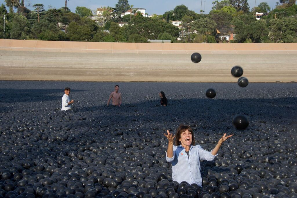 Ivanhoe Reservoir's shade balls are going away very soon - Curbed LA