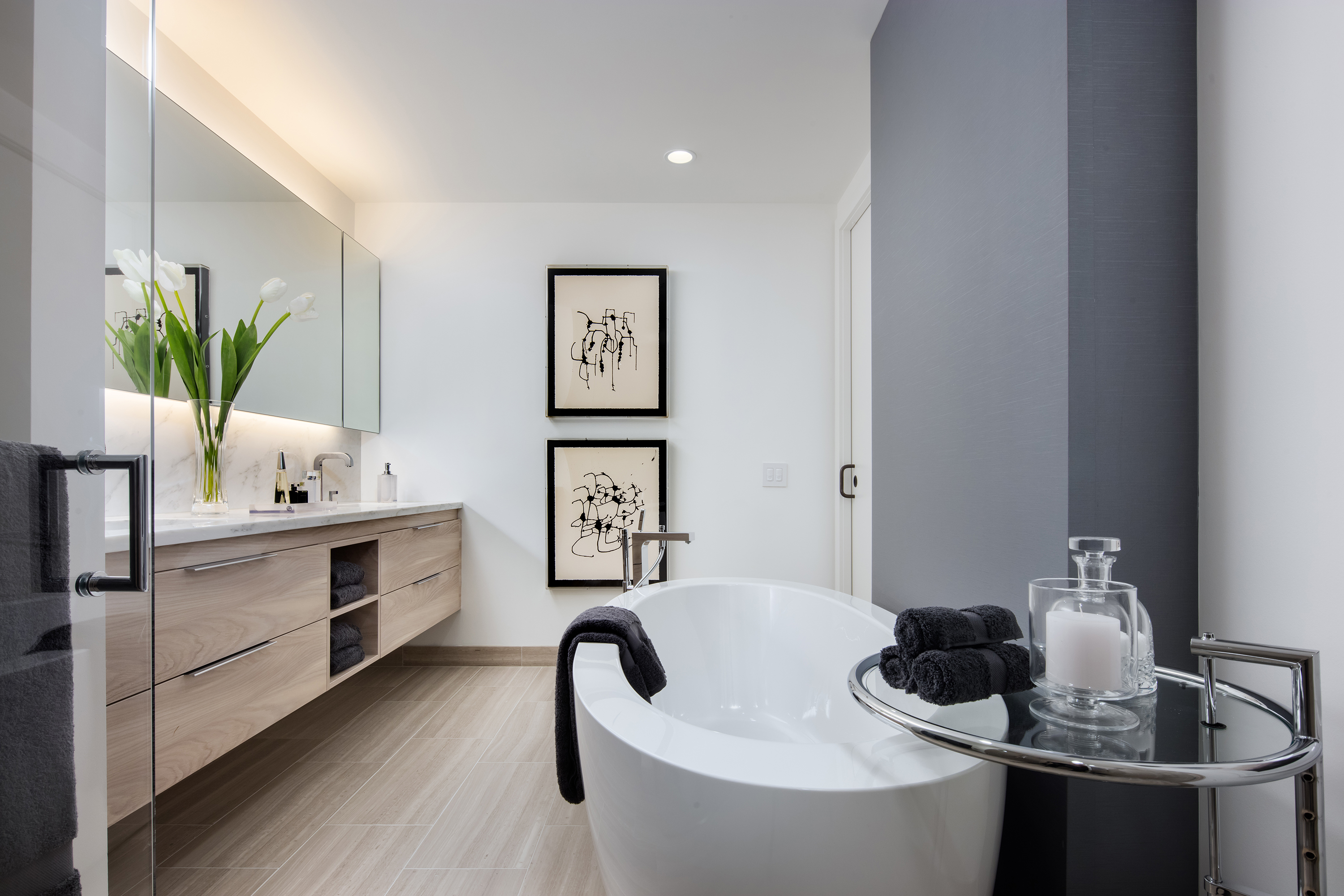 Genial Each Apartment Holds Two Ensuite Bathrooms, Including A Master Bathroom  With White Marble, And A Powder Room. Many Of The Apartments In Ten  Thousand Also ...