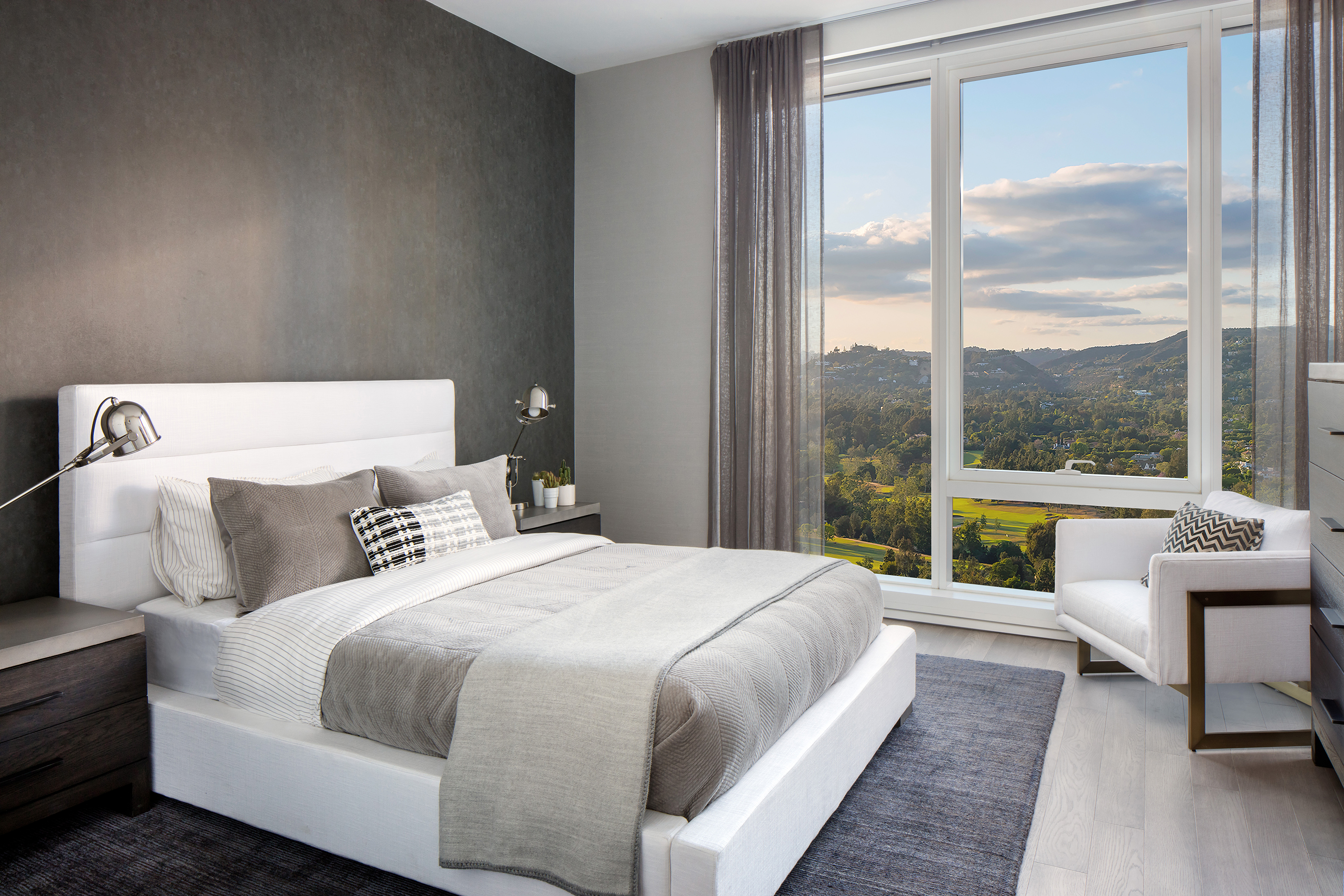 peek inside the luxury apartment tower that offers on site botox curbed la. Black Bedroom Furniture Sets. Home Design Ideas