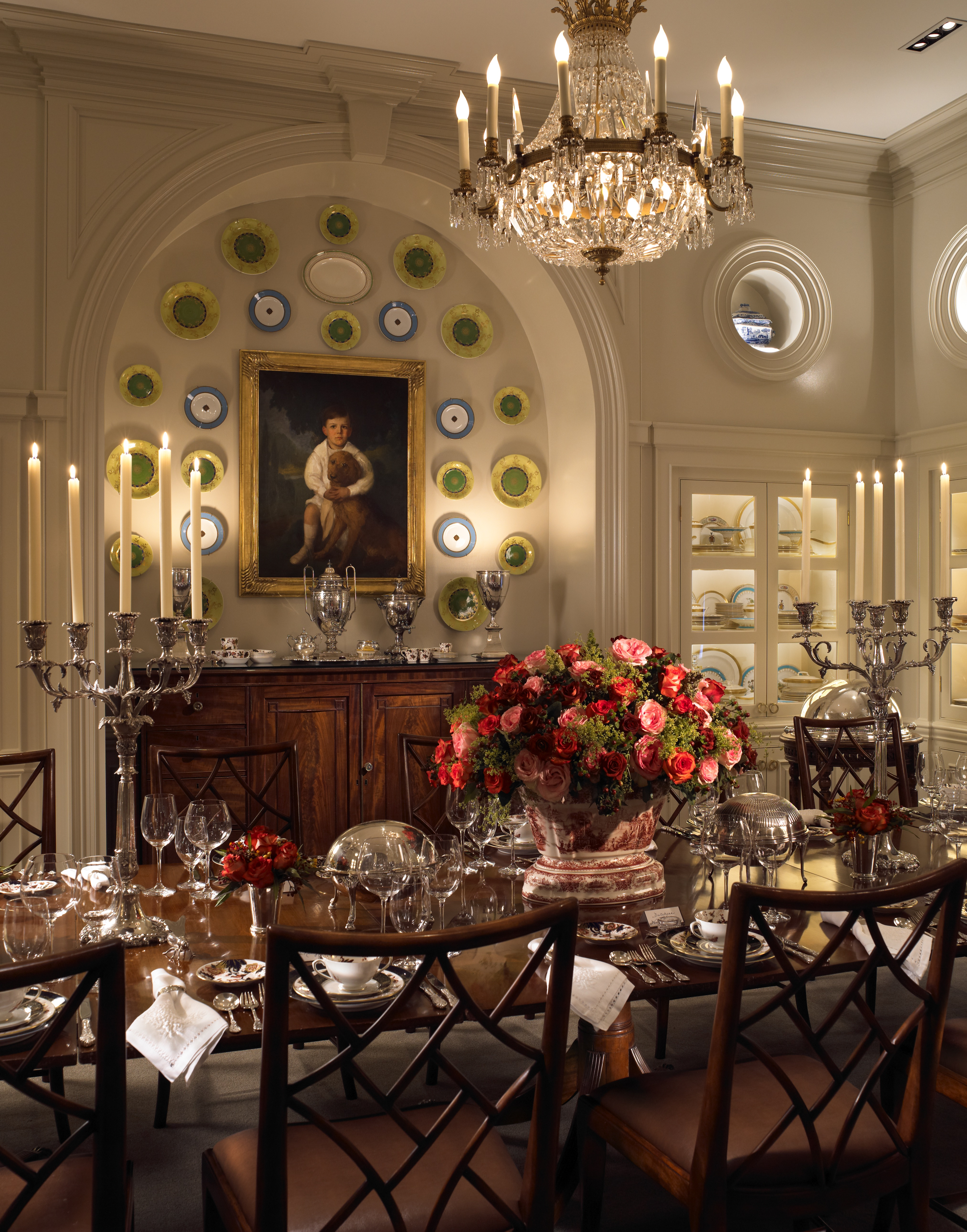 Luxury Formal Dining Room Sets: How Two Neglected Mansions Became Leading Luxury Hotels