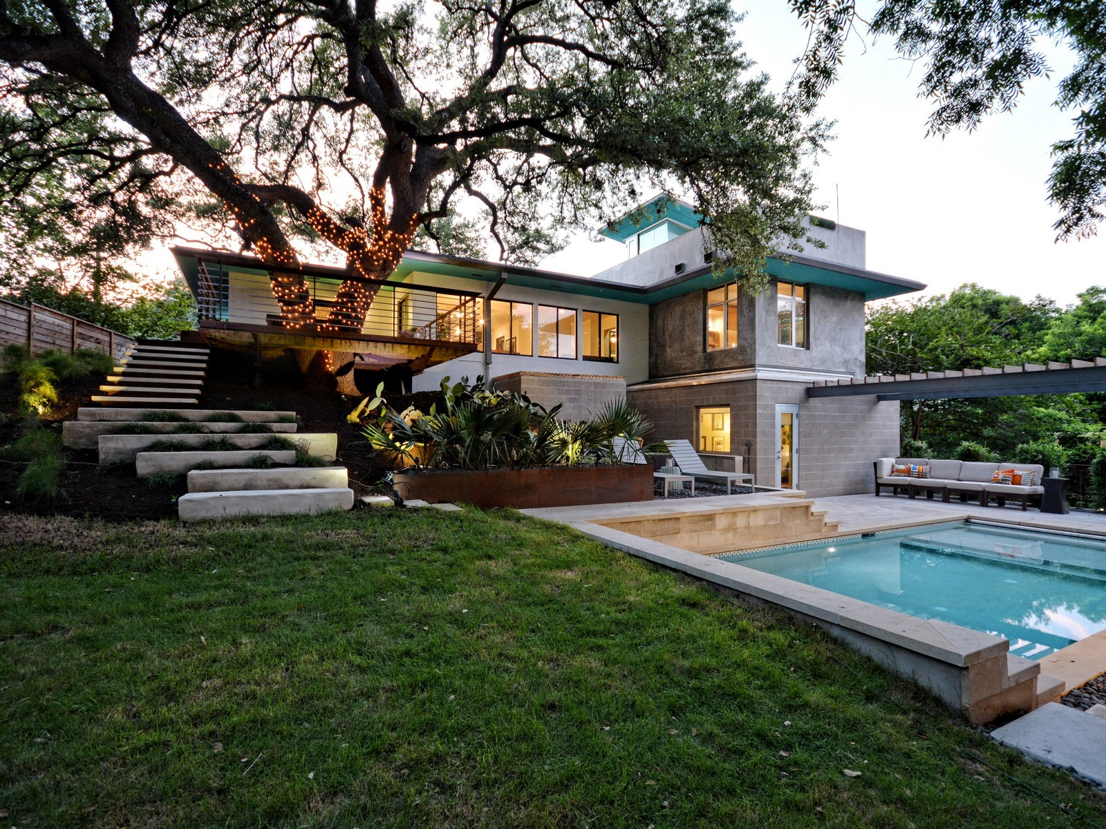 stunning travis heights split level reappears for 1 25m curbed