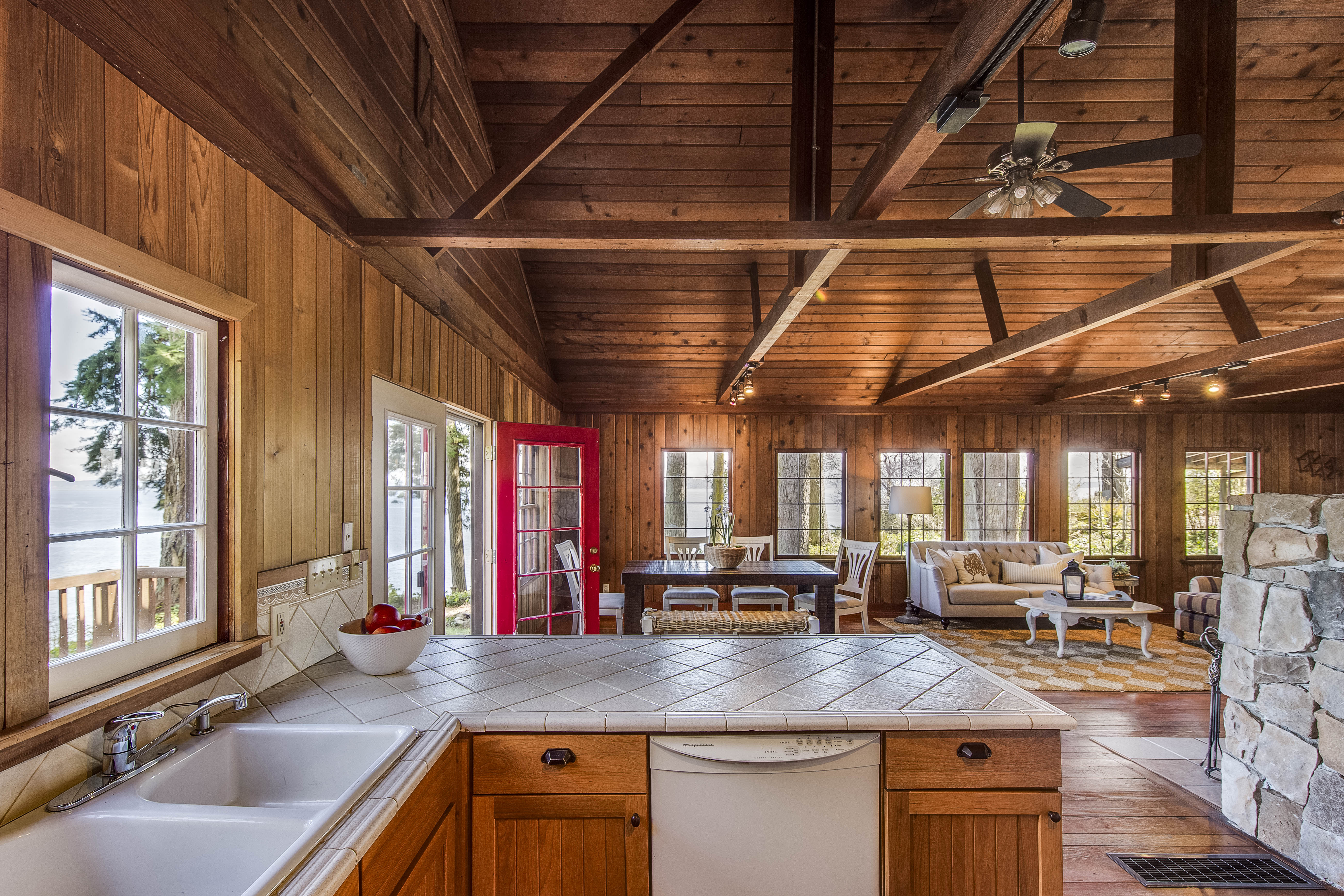Refined and rustic find a balance on Bainbridge Curbed Seattle
