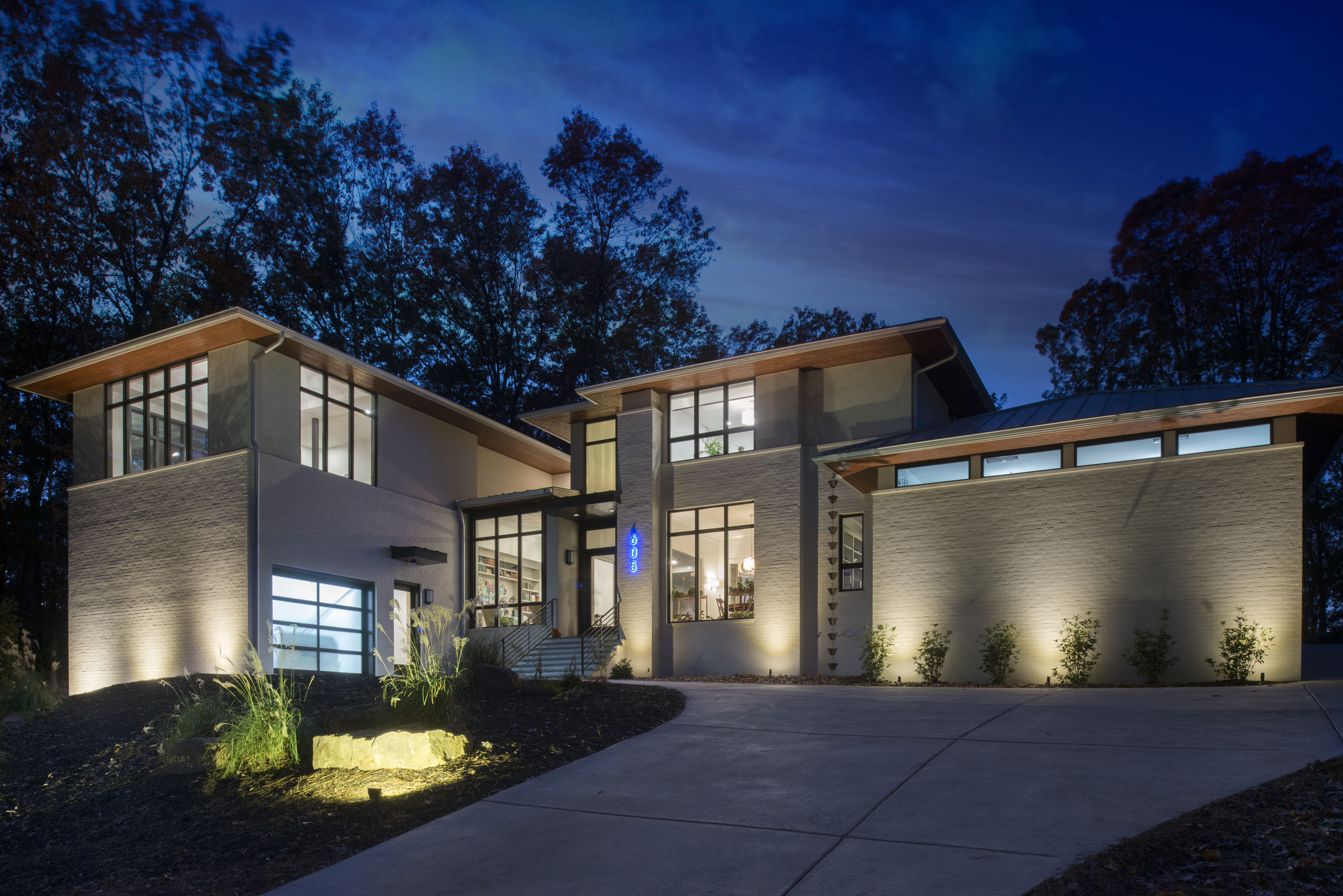Atlanta design festival meet the eclectic modern homes on for Design homes llc