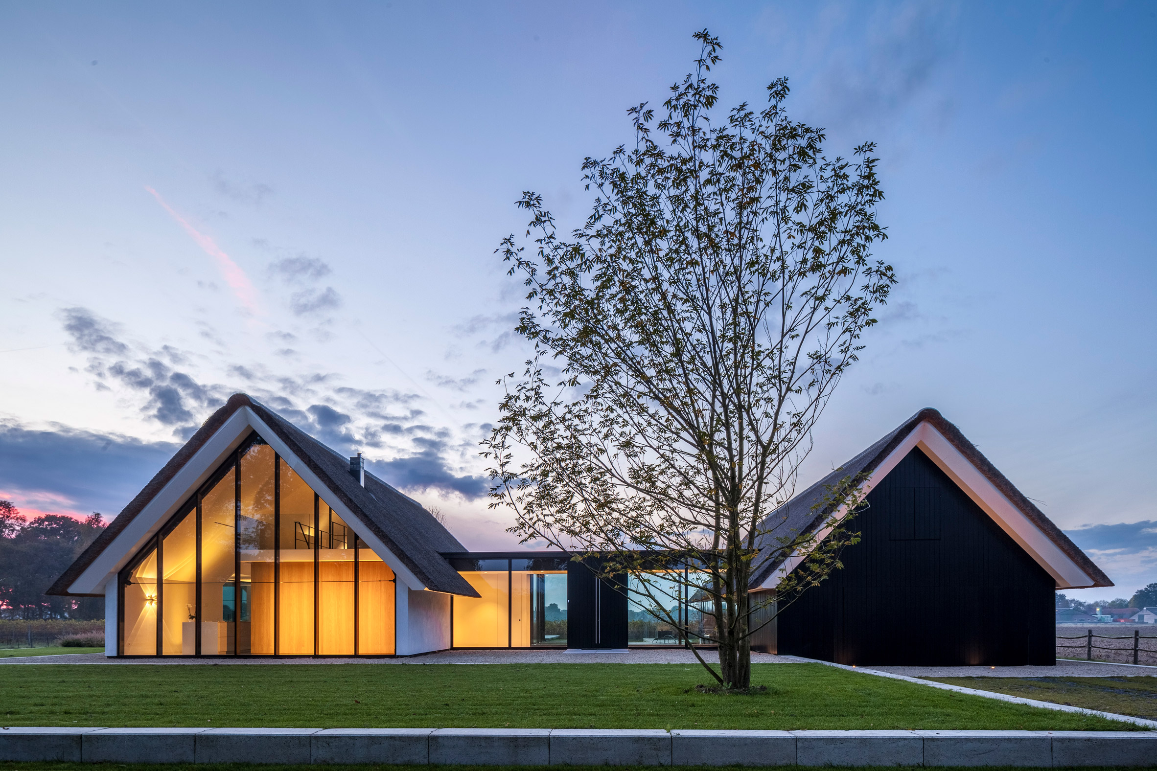 Cottage Meets Greenhouse In Modern Thatched Home Curbed