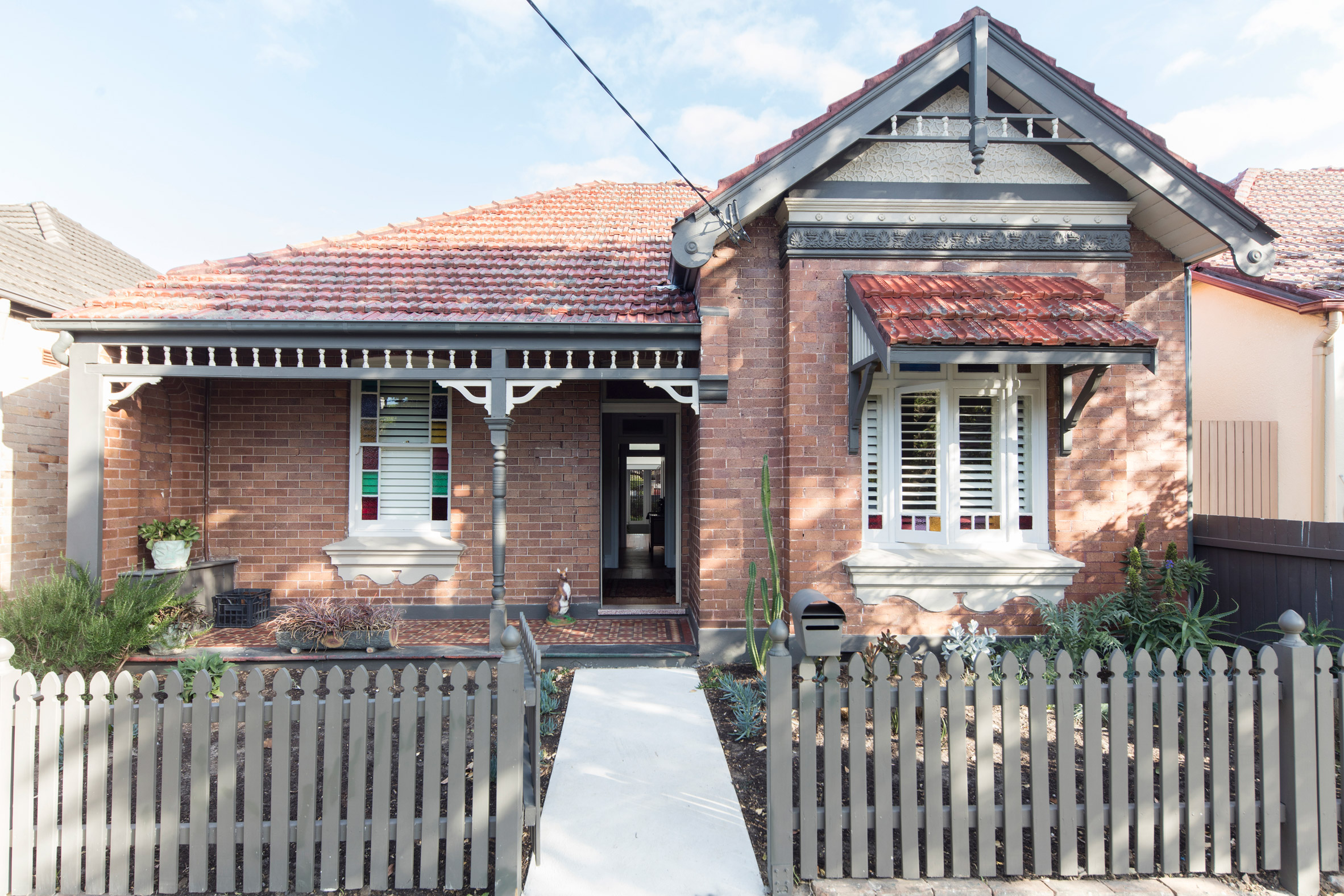 1917 Australian Cottage Gets A Dazzling Extension Curbed