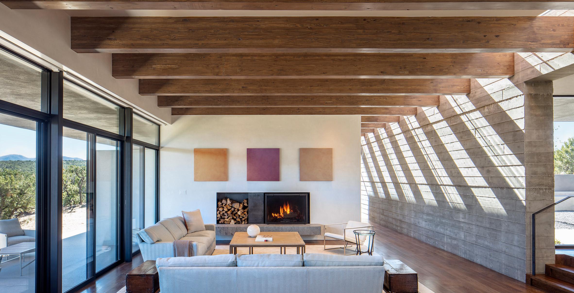 Modern Desert House Has Mountain Views Dramatic Shadows