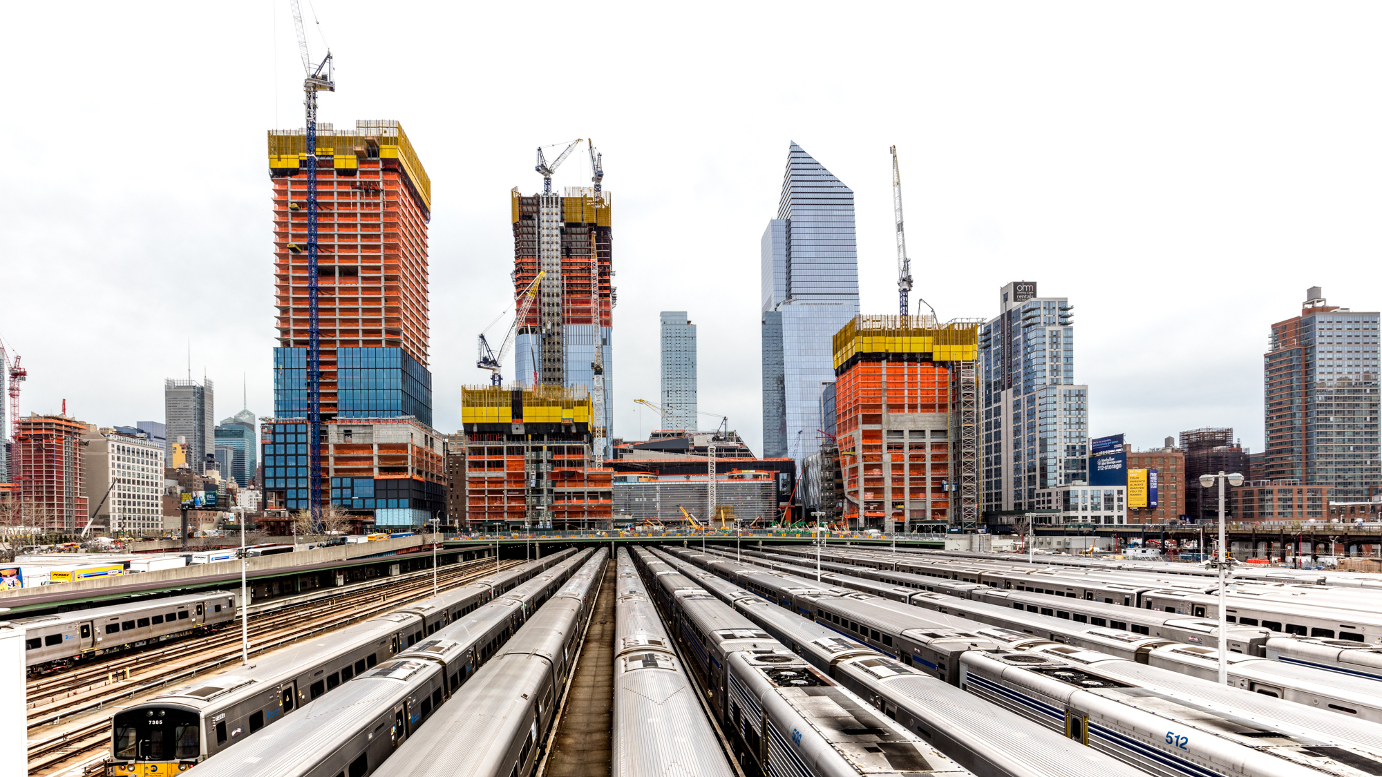 Hudson Yards Construction Update A Status Check On The Math Wallpaper Golden Find Free HD for Desktop [pastnedes.tk]