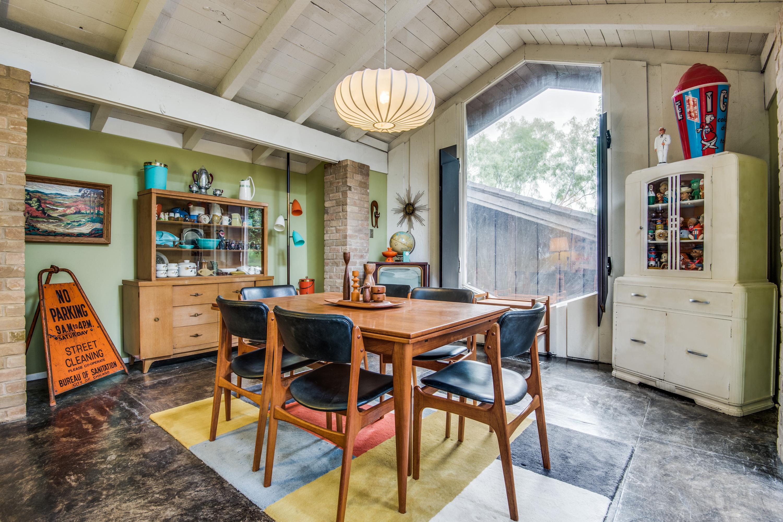 Frank Lloyd Wright apprentice designed this '60s home asking $367K