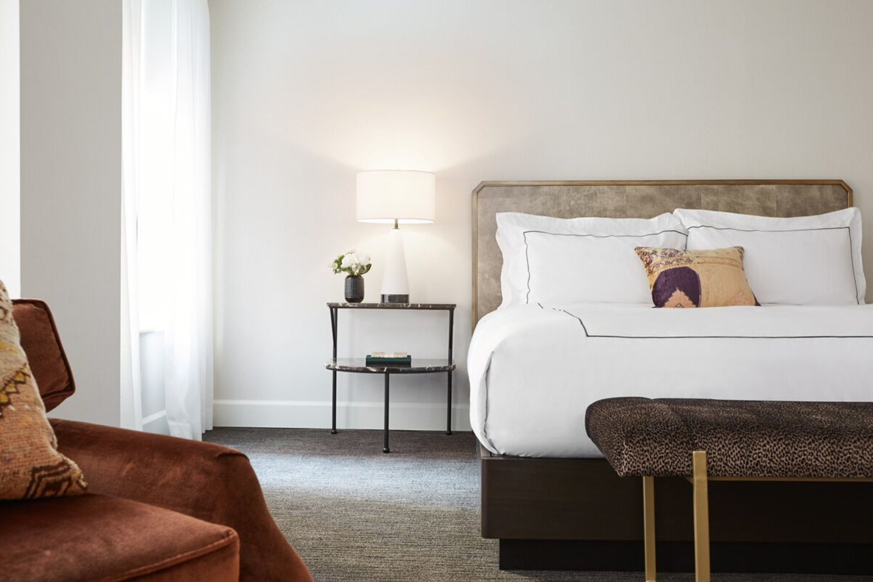 an early look inside chicago's newly remodeled talbott hotel