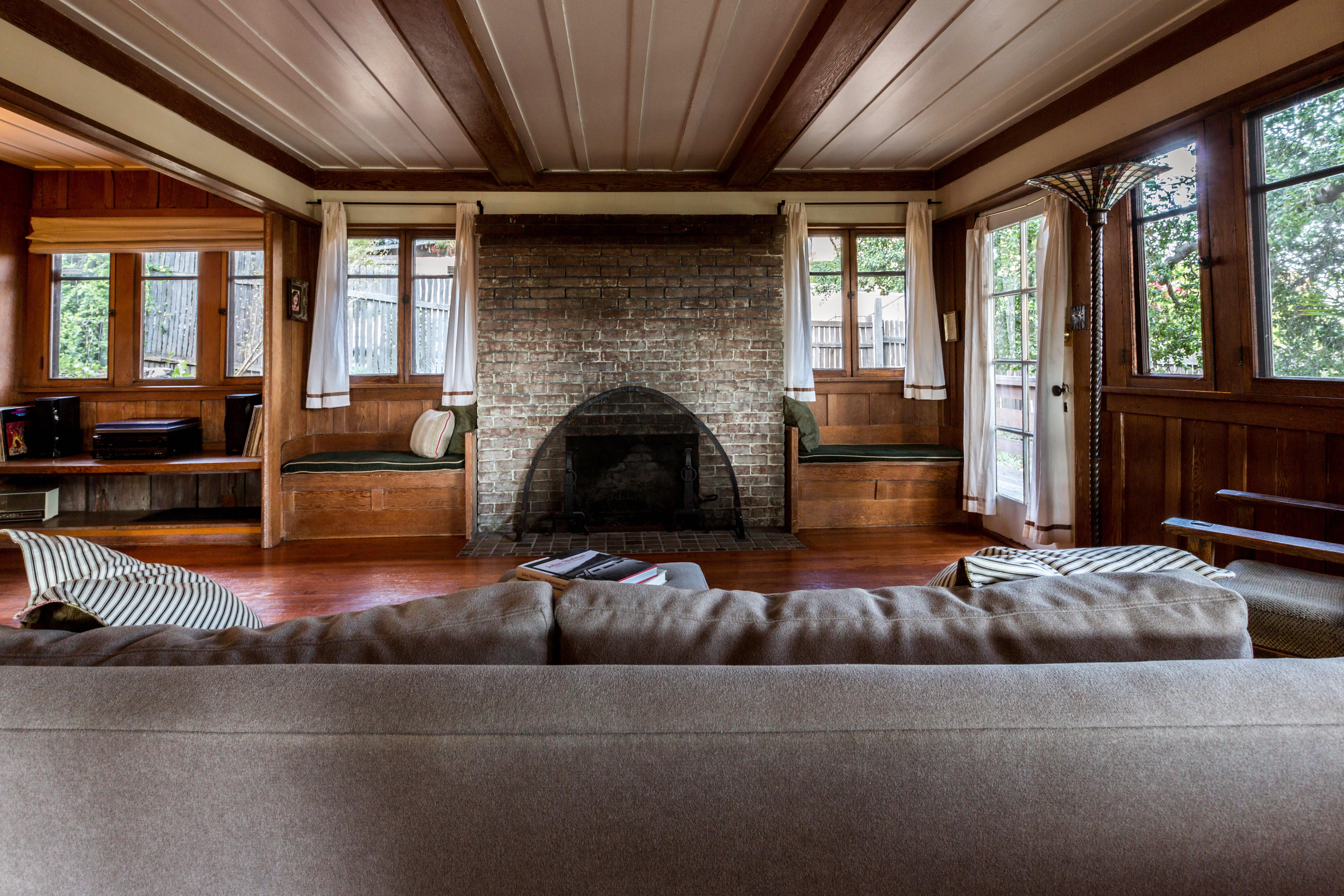 for 998k a 1914 echo park home filled with original woodwork