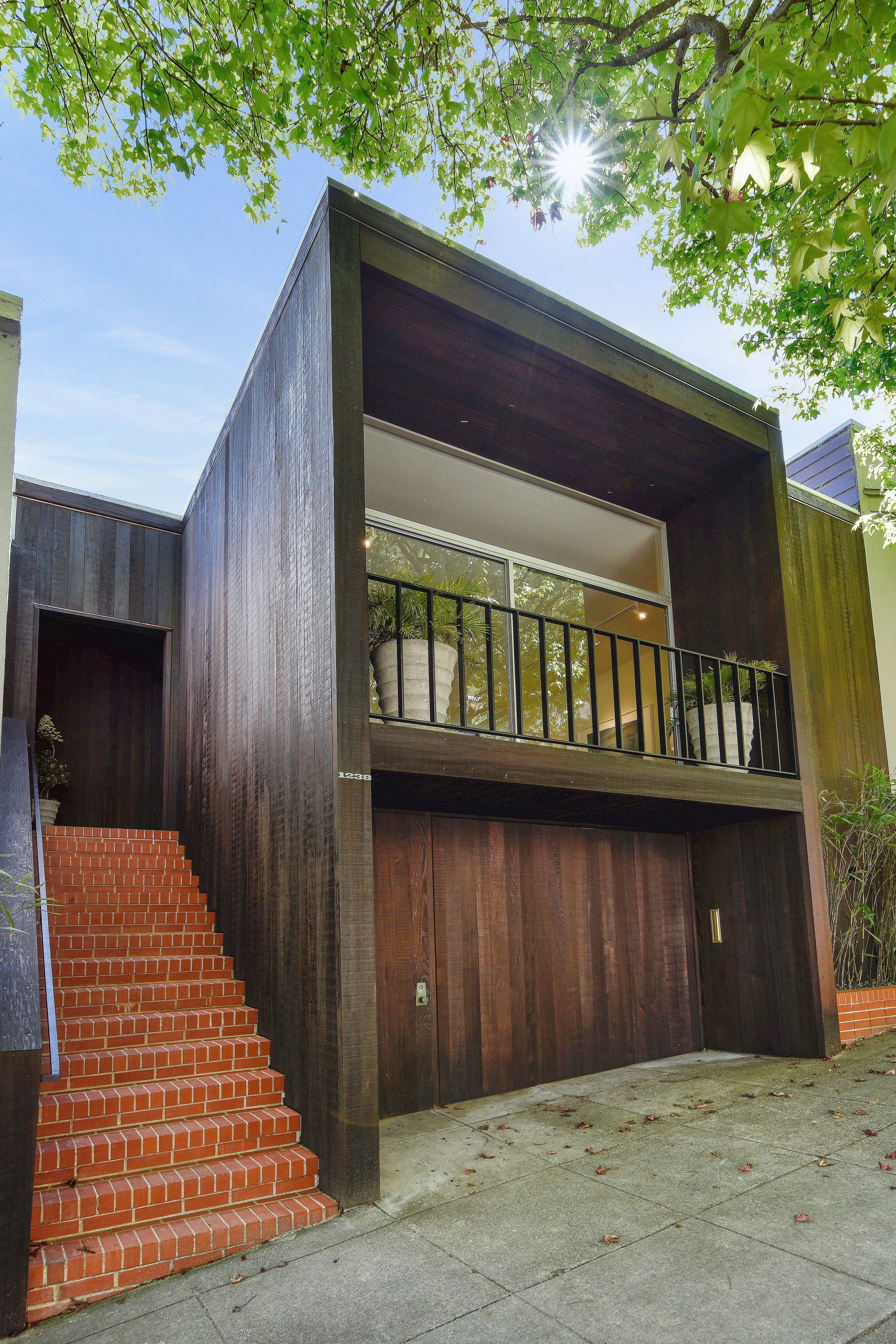 Polished modernist home in Cole Valley asks $2.75 million