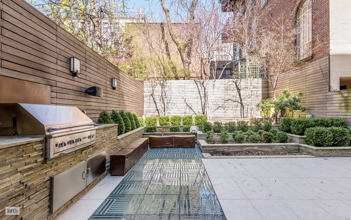 After opulent renovation 19th century greenwich village for Greenwich townhomes for sale