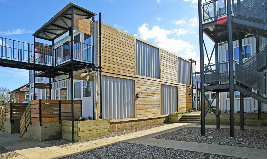 Shipping containers transform into emergency housing for Container appartement