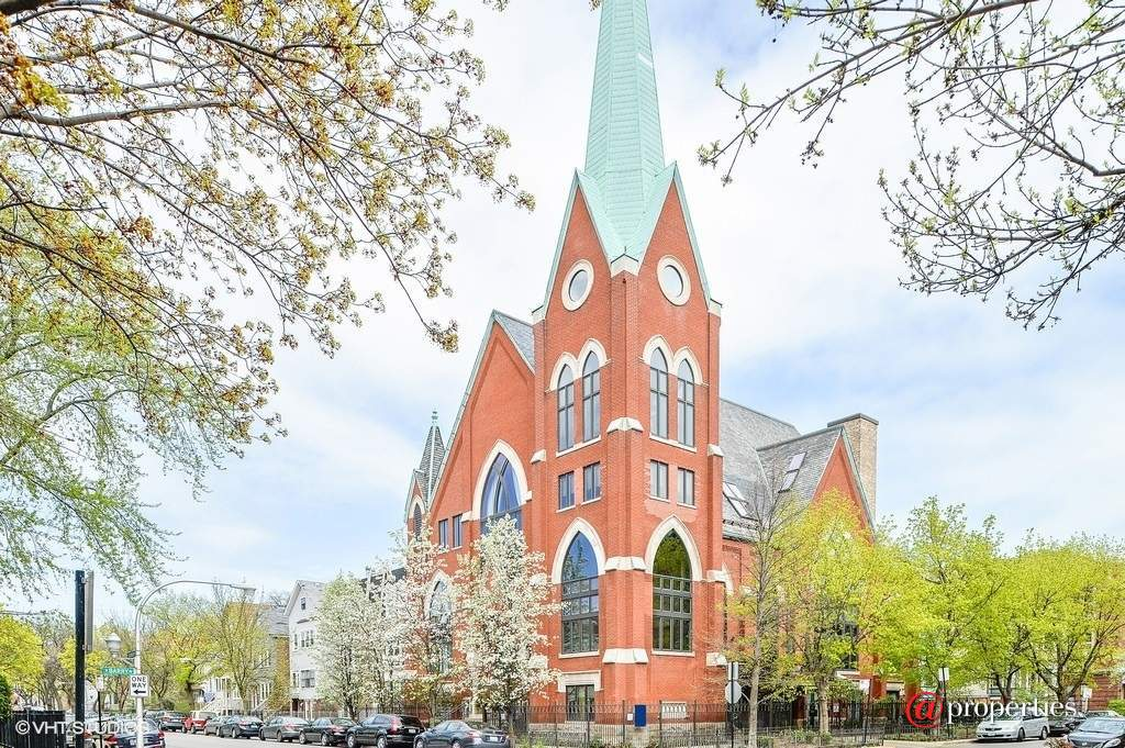 incredible church to condo conversion in lakeview lists for 1 5m curbed chicago. Black Bedroom Furniture Sets. Home Design Ideas