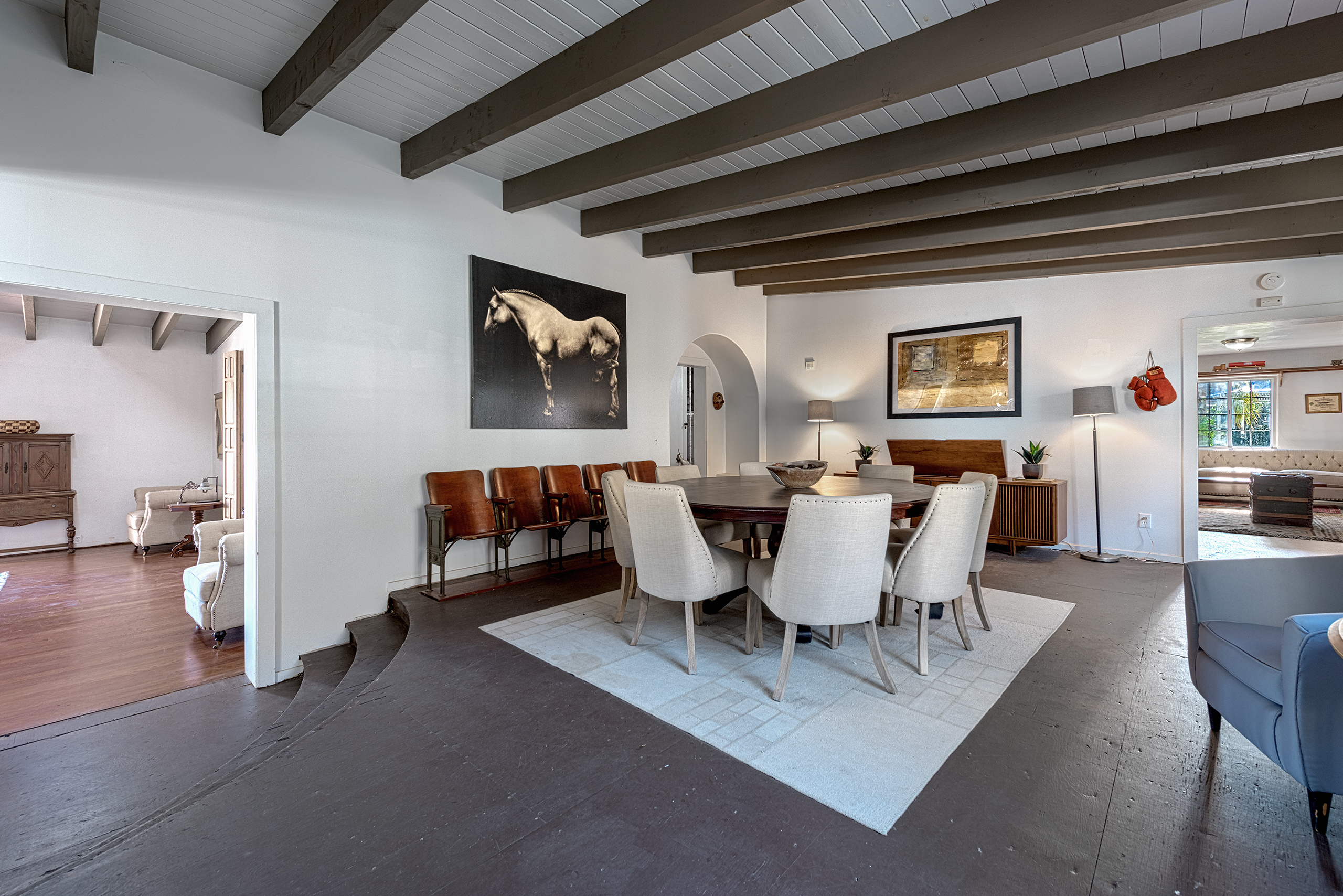 staging a room to sell your house hang a horse painting curbed la courtesy of david kubiczky and sandra quinn