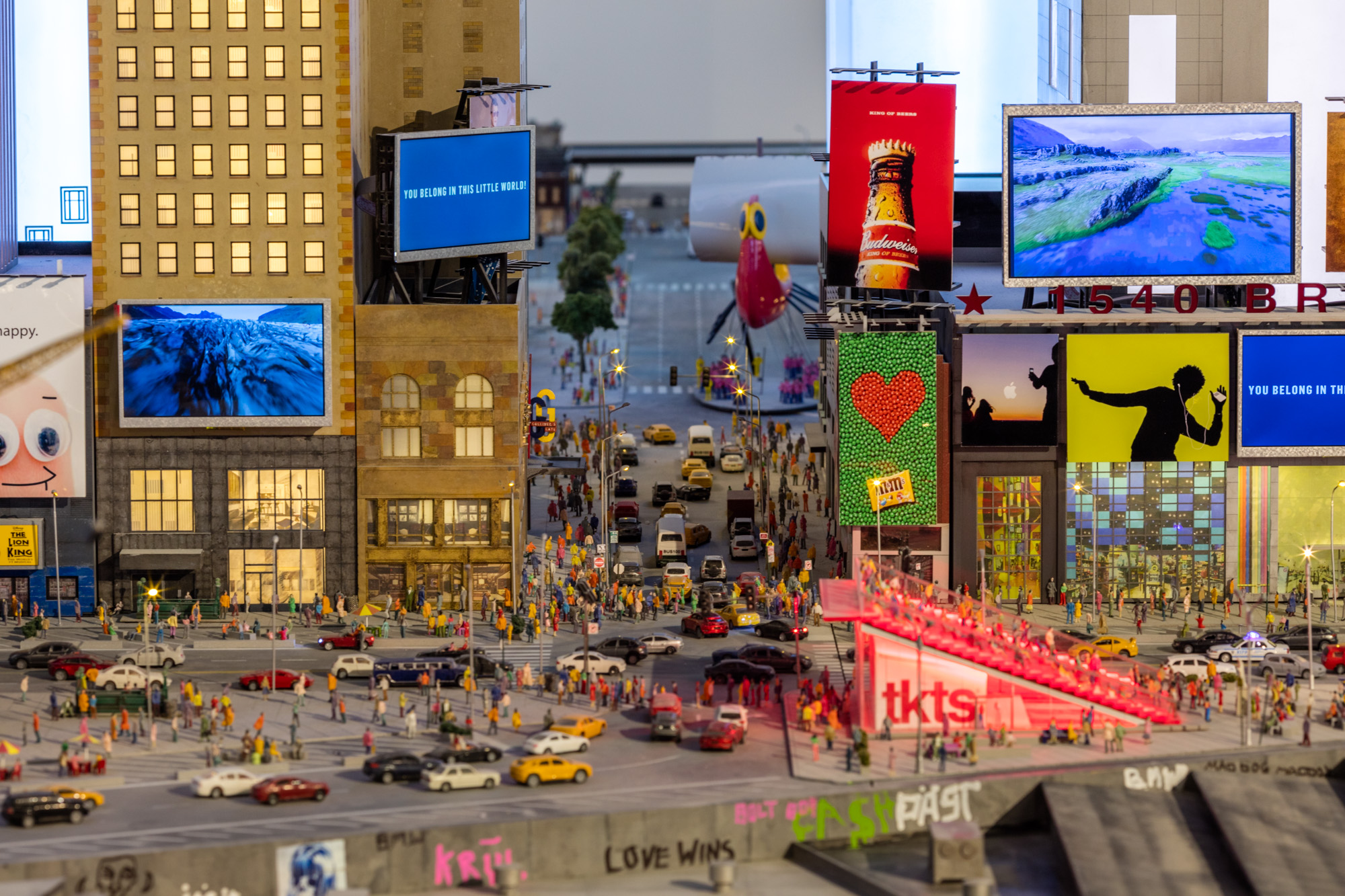 Gulliver's Gate, a fantastical model of Manhattan and ...
