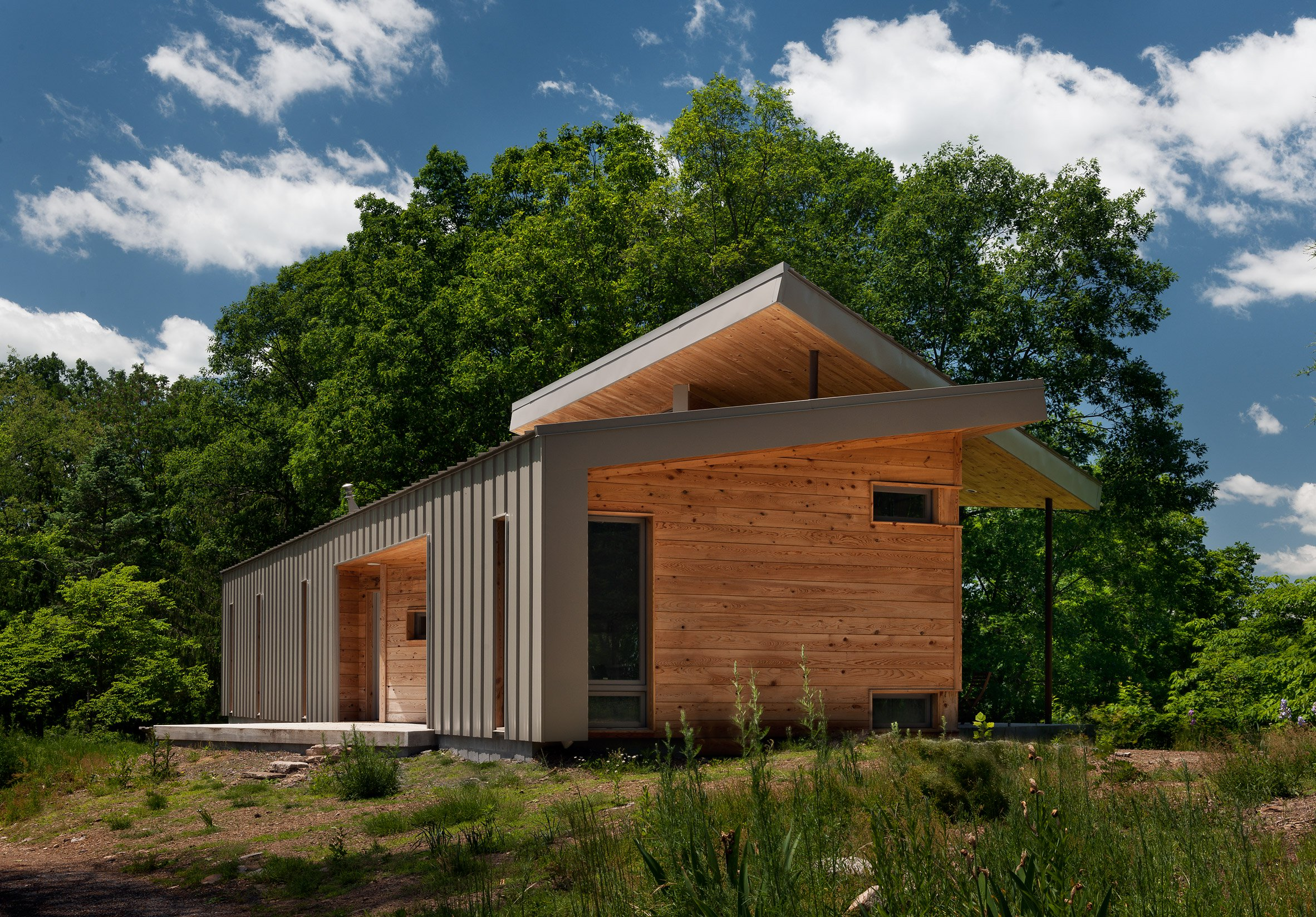 Appalachian home with river views rises in west virginia for Appalachia homes
