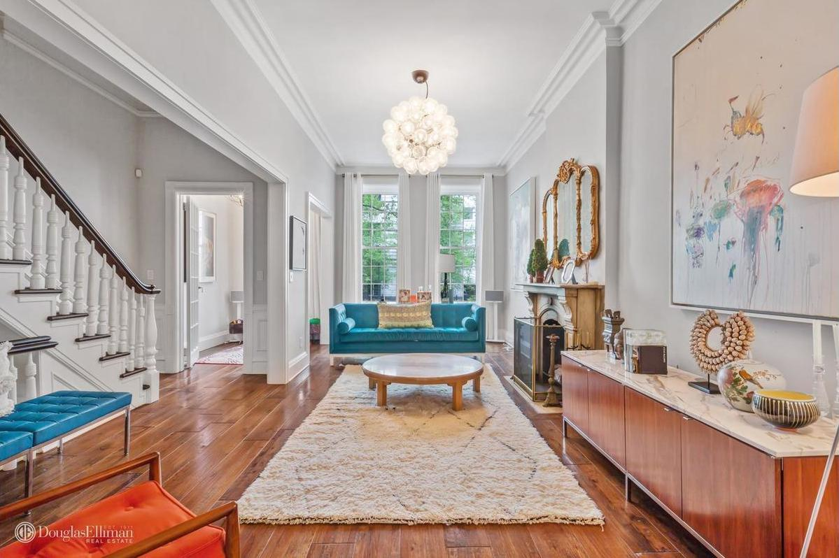 Which upper east side townhouse would you rather spend 8m for Upper east side townhouses for sale