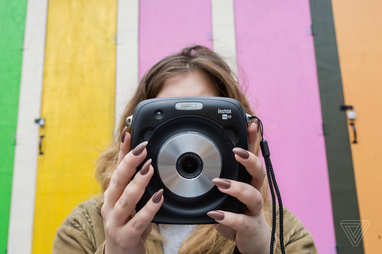 Fujifilm Instax Square SQ10 review: digital downer - The Verge