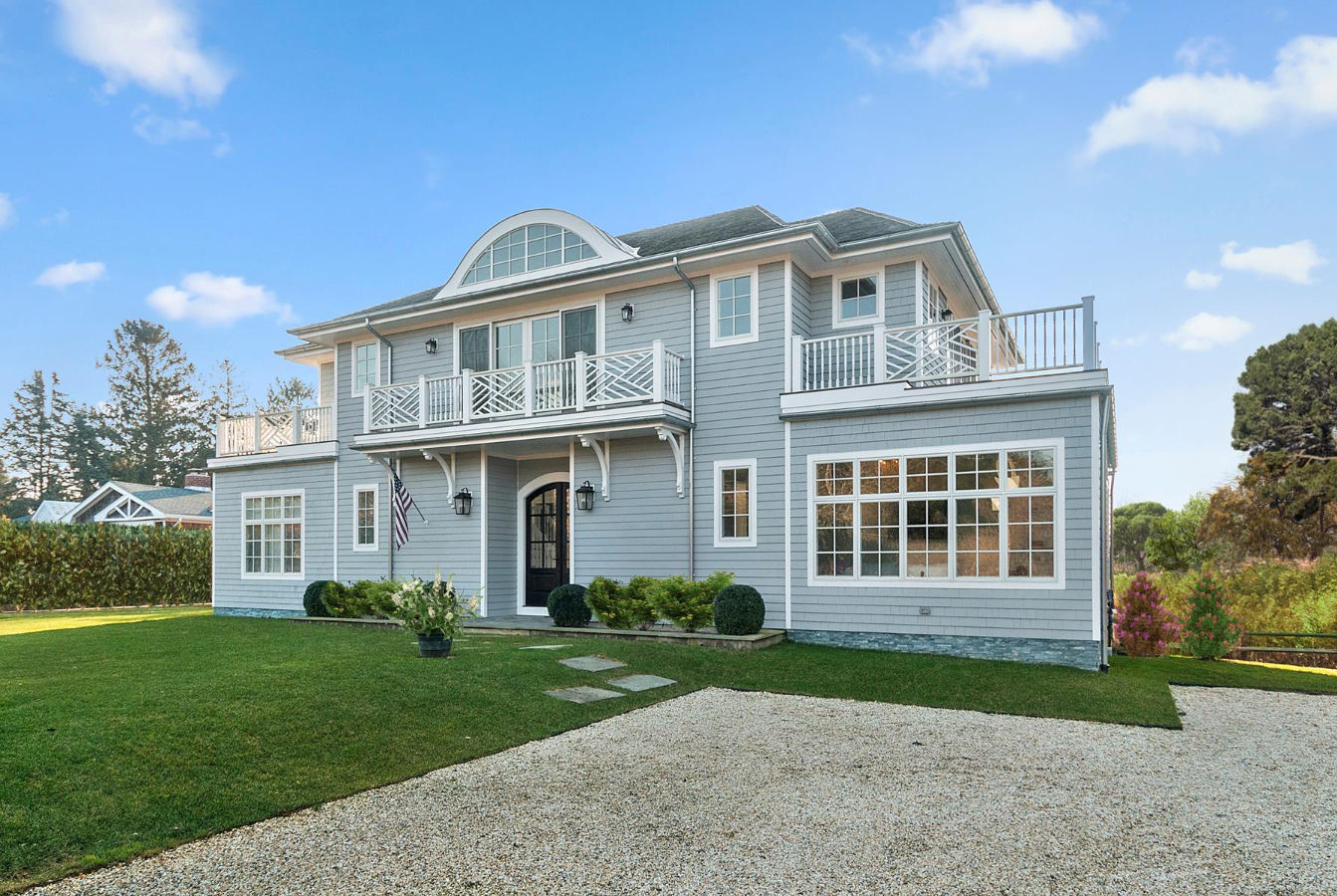 Hamptons homes for sale with two master suites curbed for Hamptons home for sale