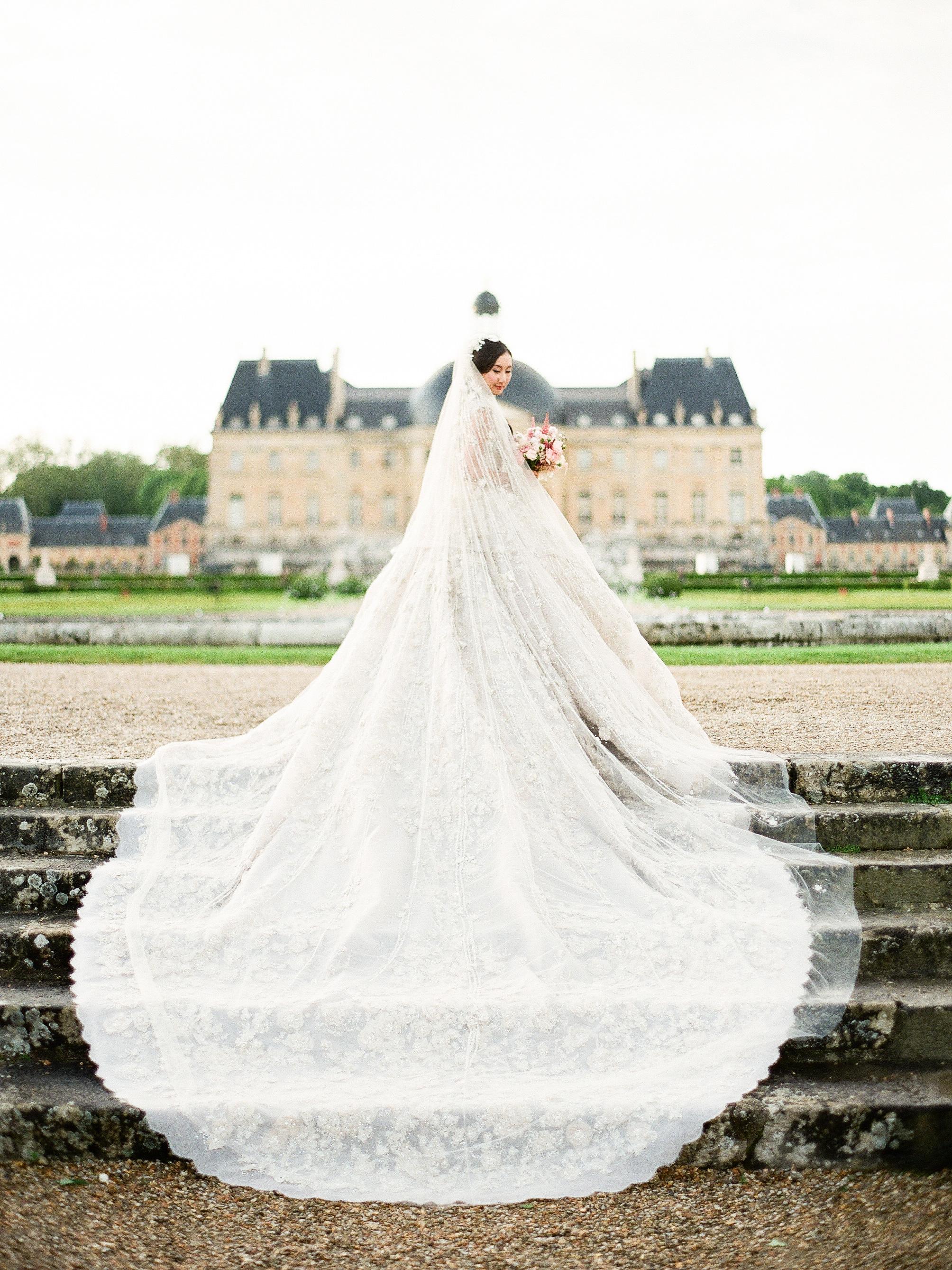 Society of illustrators wedding dress