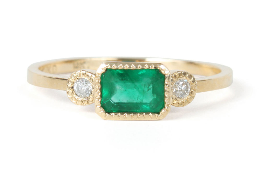 an emerald and diamond ring - Cheapest Wedding Rings