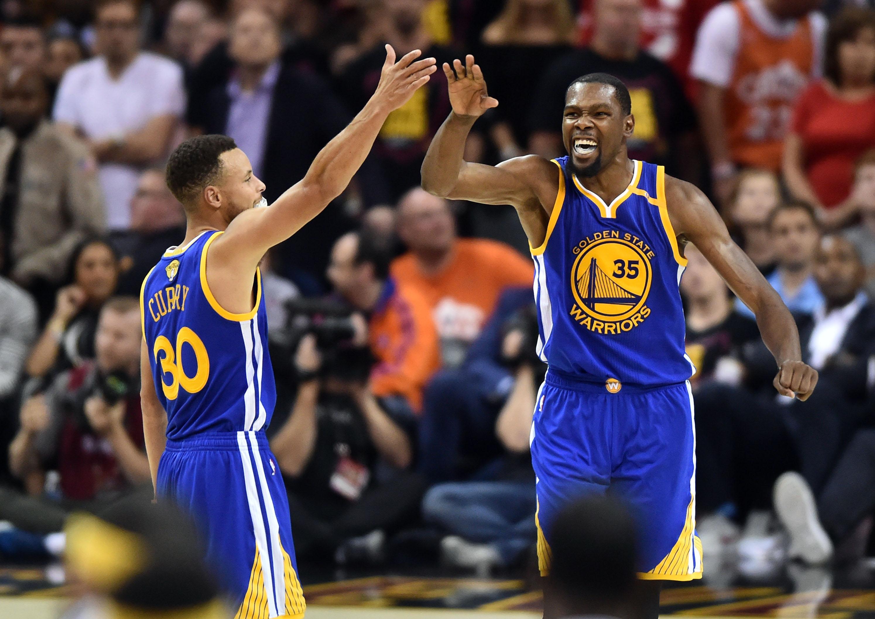 Miami heat lebron jamess vs golden state warriors nba2k17 miami - Nba Finals Golden State Warriors At Cleveland Cavaliers