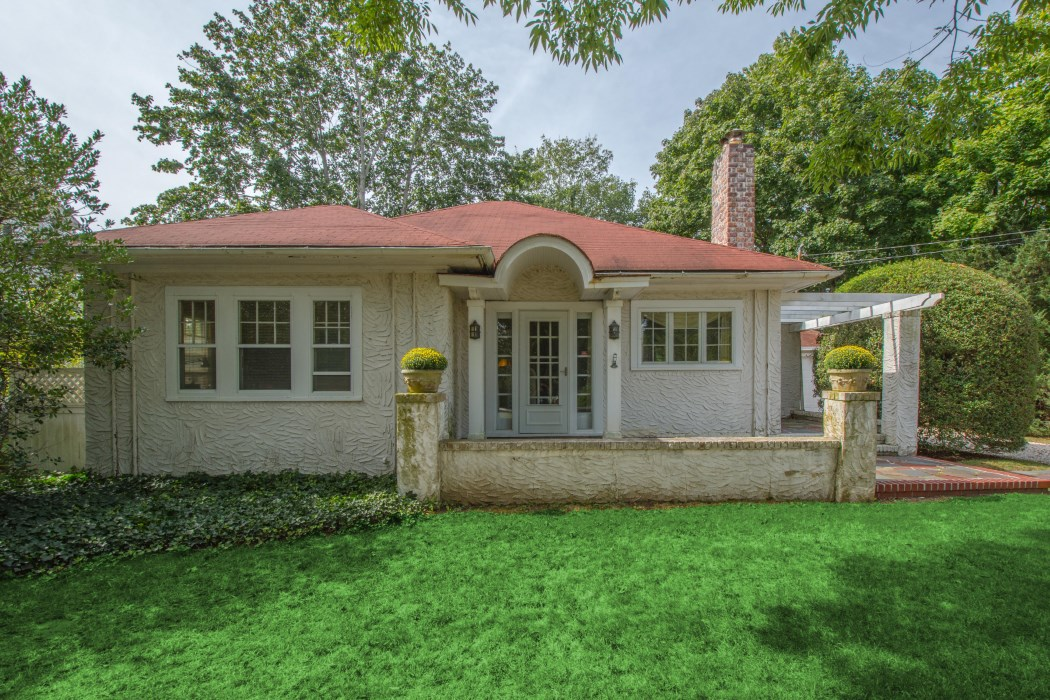 Southampton Village Stucco Cottage From 1920 Comes Back On