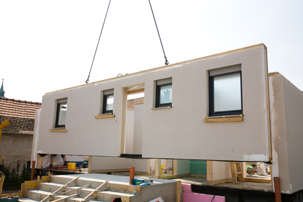 Example of a prefab modular home being built. Photo by benik.at