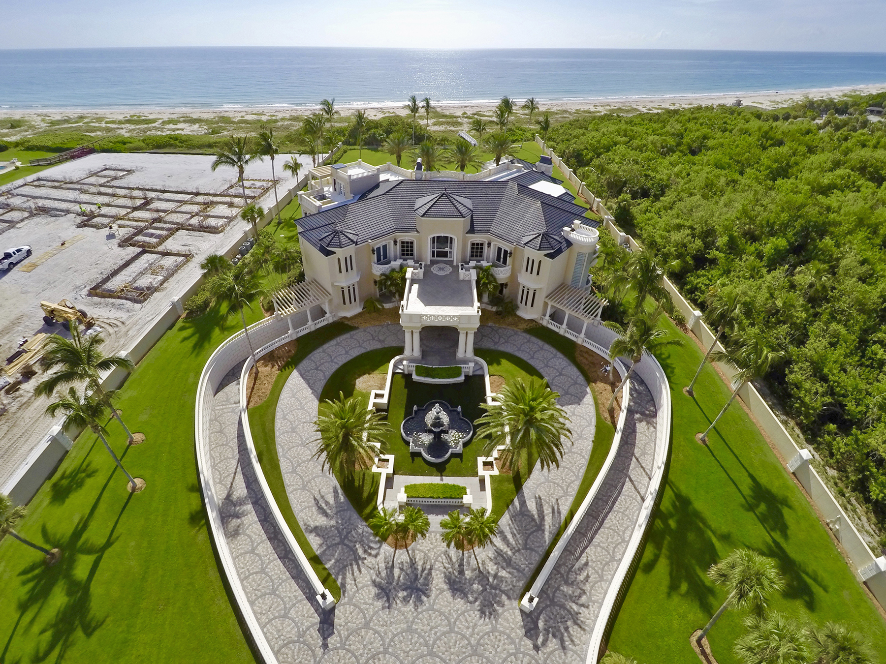 20m florida beach mansion heads to auction