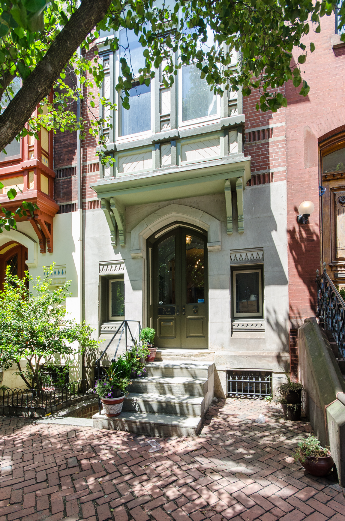 Rittenhouse Square Victorian By Frank Furness Seeks 1 4m