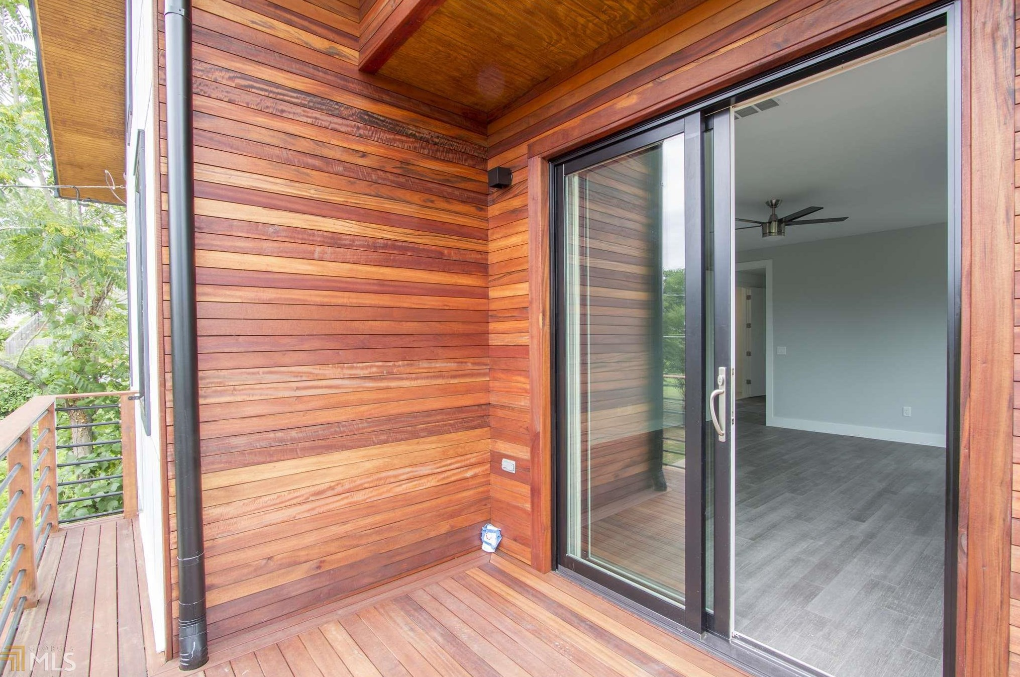 In Summerhill Tri Level Contemporary Creation Is Aiming