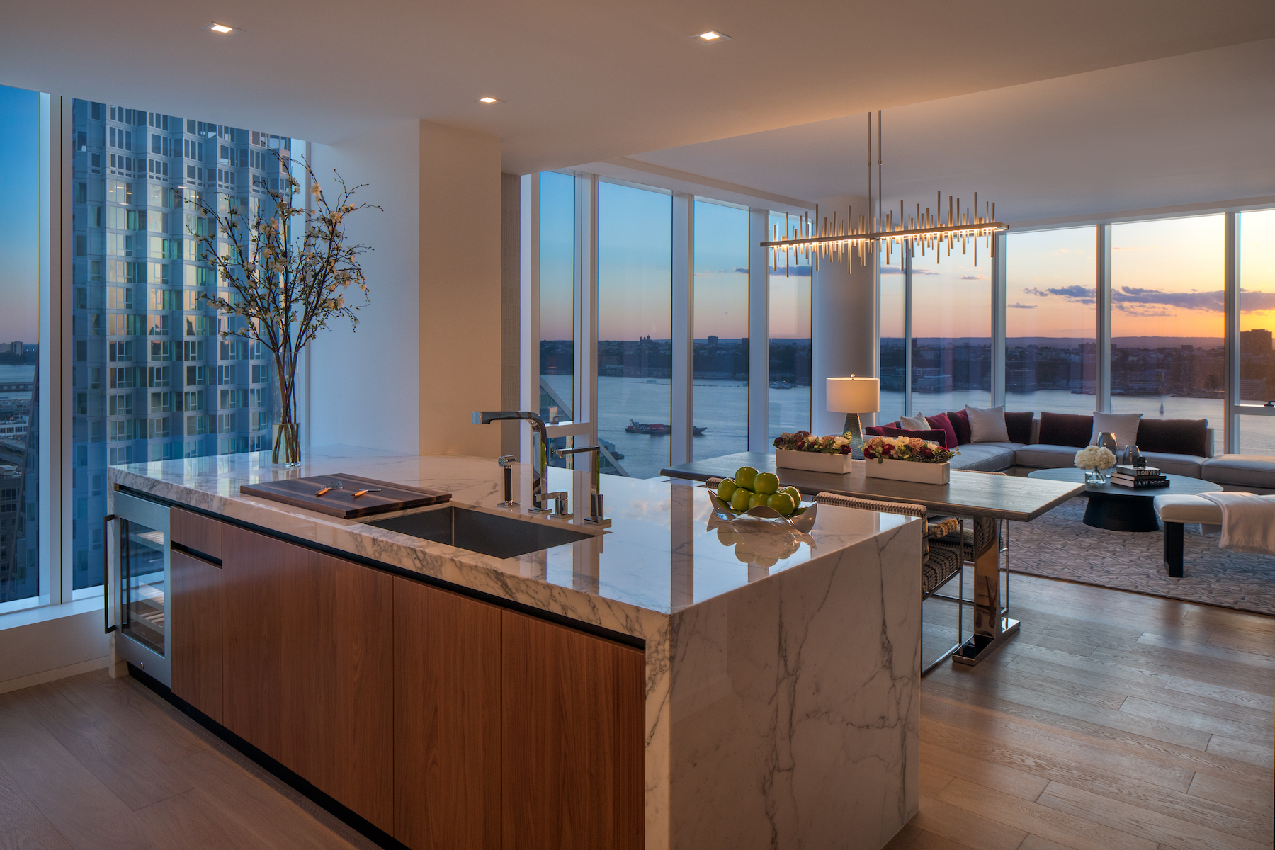 Inside The Model Apartments Of One West End Riverside