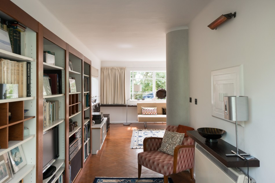 upstairs are three spacious bedrooms of which the ensuite master opens onto a balcony with sea views and an additional bathroom parquet floors make up