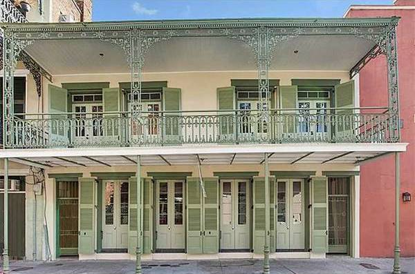 New orleans rent comparison bourbon street apartments for French quarter house plans