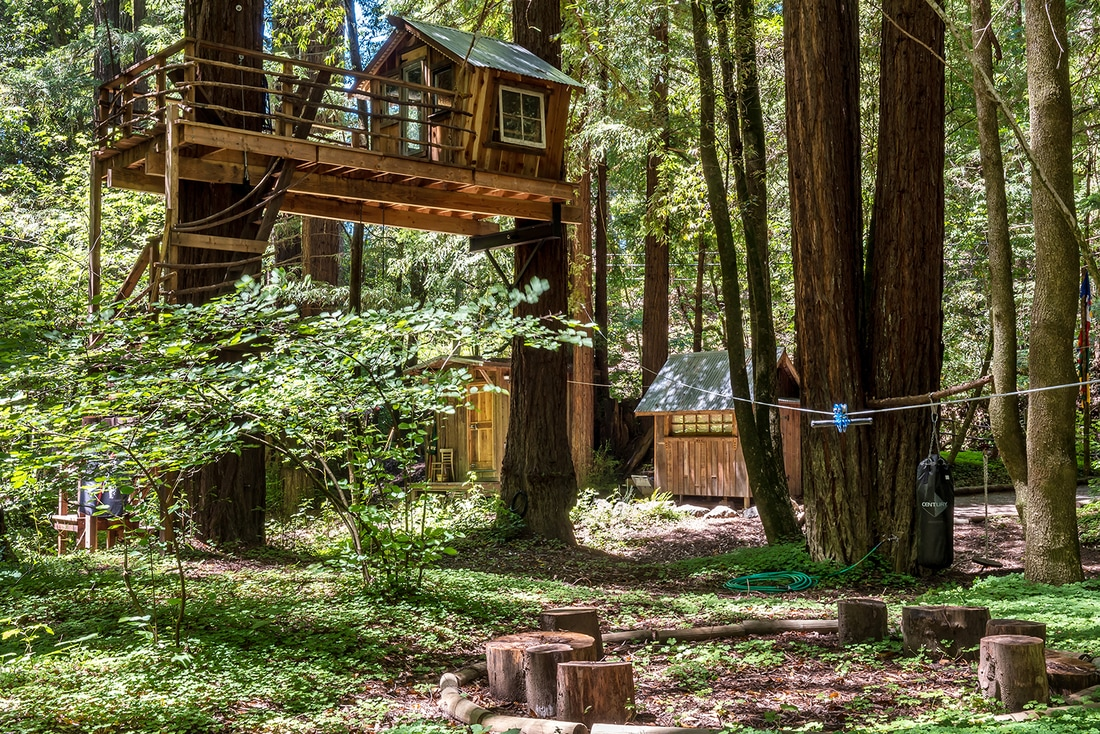 Tree House Photos This Tiny House Comes With A Pirate Treehouse For 300k Curbed
